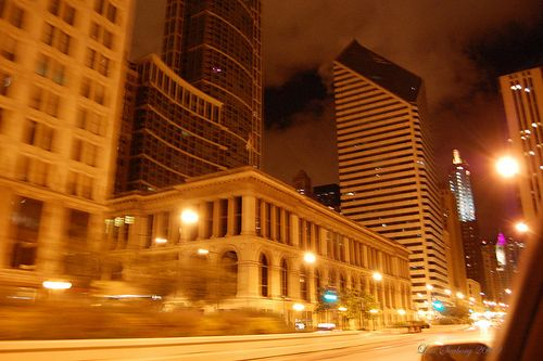 chicago's downtown loop at 2am